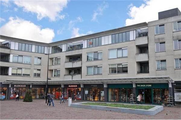 PreLite verzorgt nieuwe verlichting Globeplein in Almere