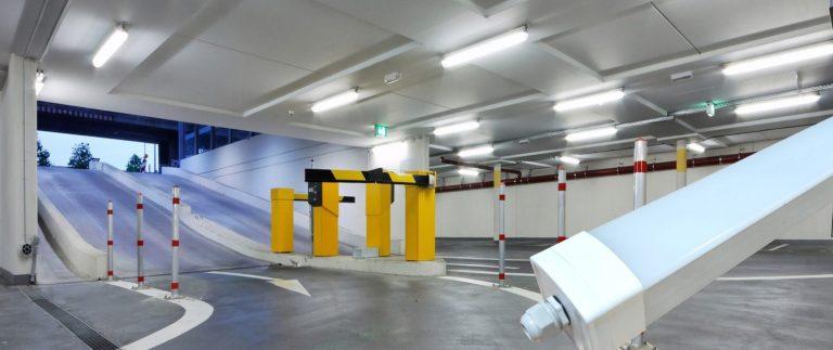 Serie Maas, uitermate geschikt voor bergingen, parkeergarages, fabriekshallen, magazijnen, tunnels, supermarkten, voedingsindustrie, stallen,